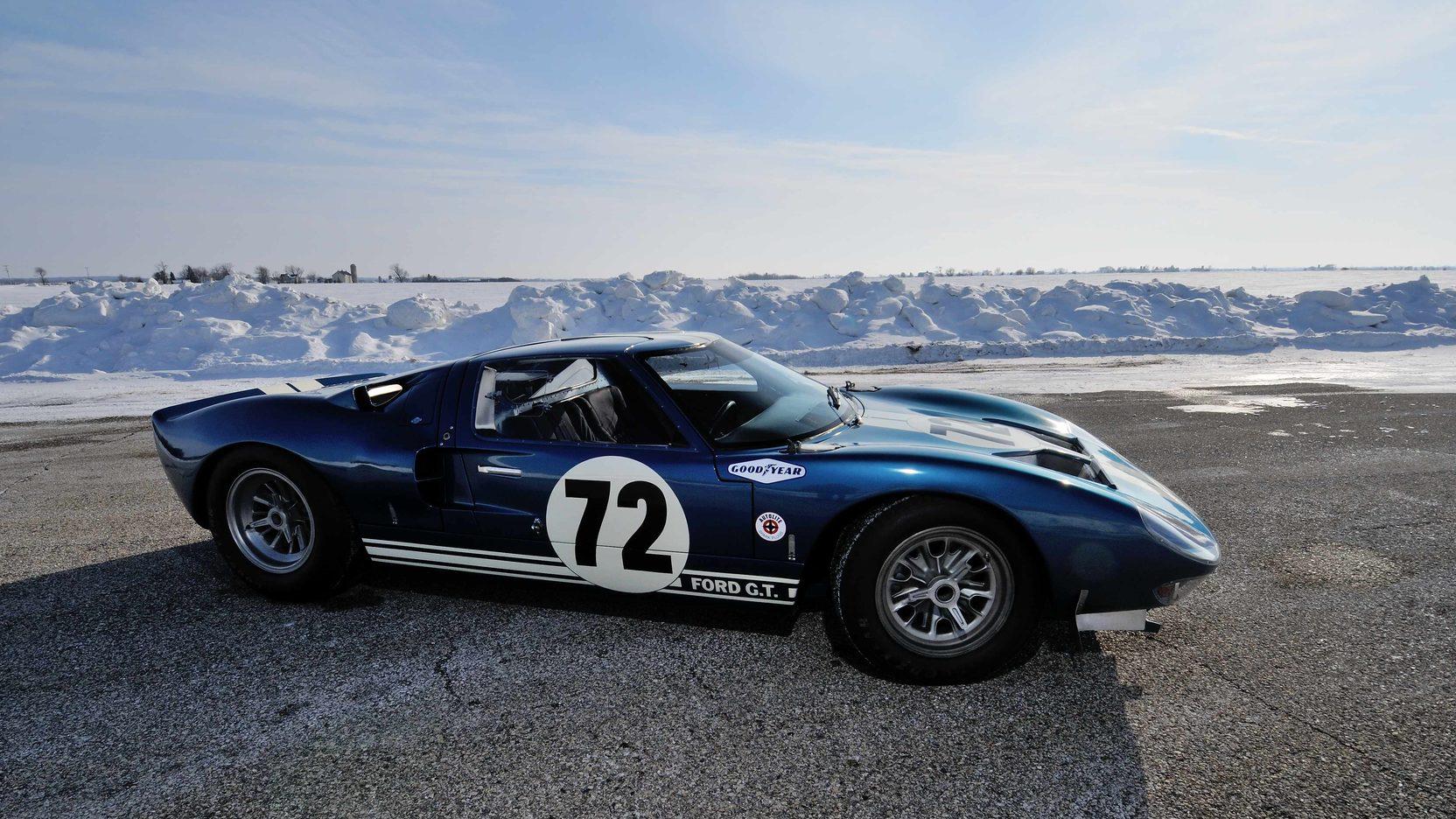 فورد جي تي 40عام 1964